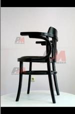 Различни евтини дървени виенски столове Тонет