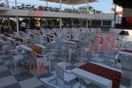 Пластмасова бяла маса за кафене