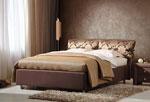 Поръчкова спалня в цвят мляко с какао с две възглавници, прикачени към таблата с текстилна тапицерия