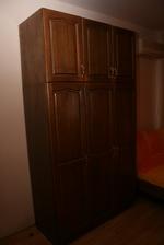 производство на дървен гардероб от масив
