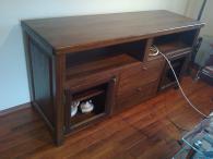 Дървени шкафове и тв стойки по поръчка
