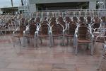 Стол за заведение,произведен от алуминии с различен вид седалка